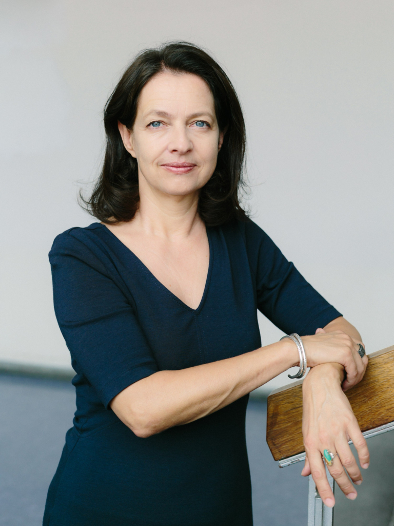 Annette Anton, Verlegerin