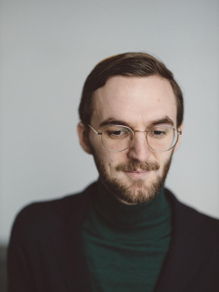 Levi Ufferfilge, Schriftsteller